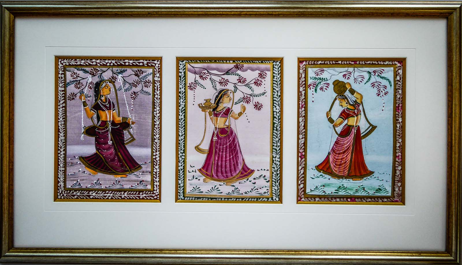 Sri Lankan Silk | Lovingly Framed by Buckinghamshire / Oxfordshire bespoke framer, Jules Sainter (lovinglyframed.co.uk)